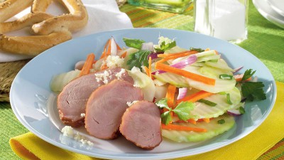 Salată de crudităţi cu pastramă de vită