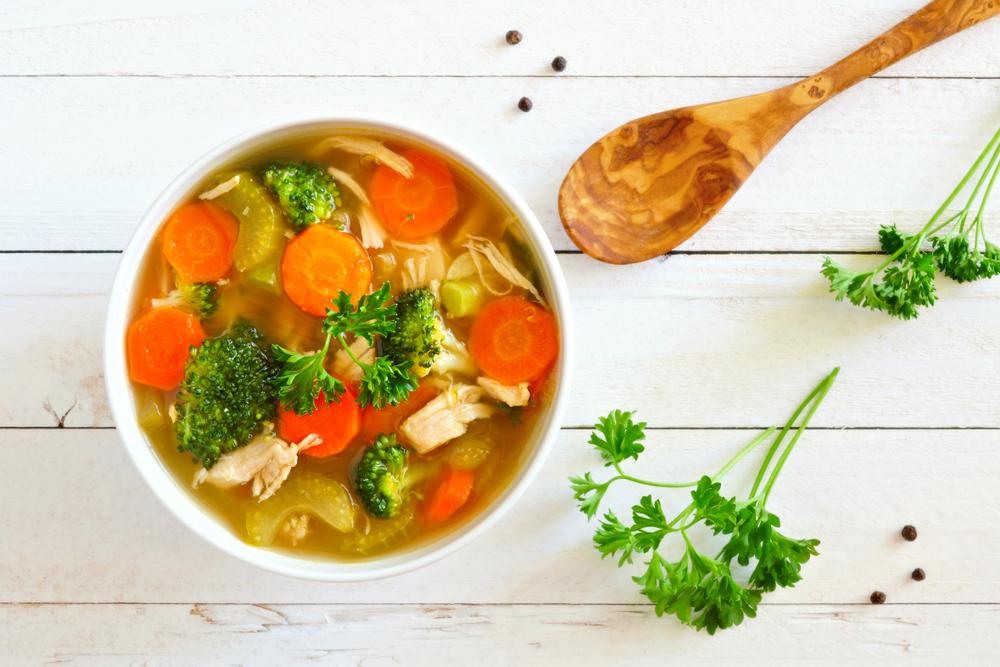 Supă de pui cu legume - rețetă pas cu pas