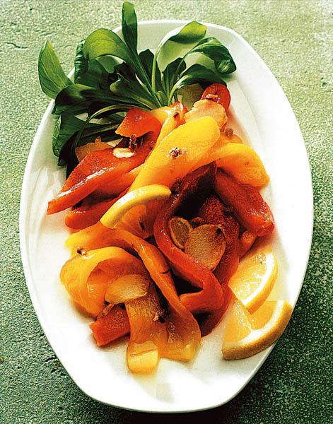 Salată de ardei copţi thumbnail