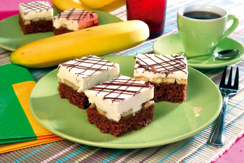 Prăjituri cu banane şi cremă de lapte thumbnail