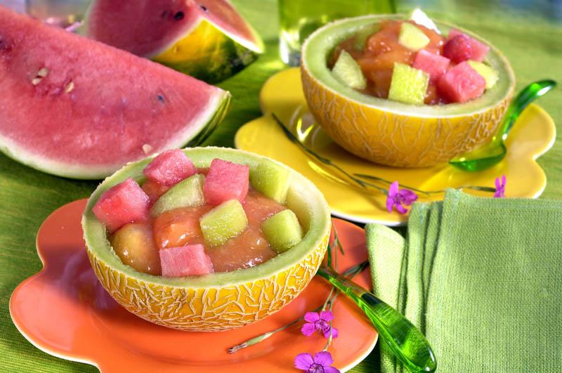 Salată de pepene în coajă thumbnail