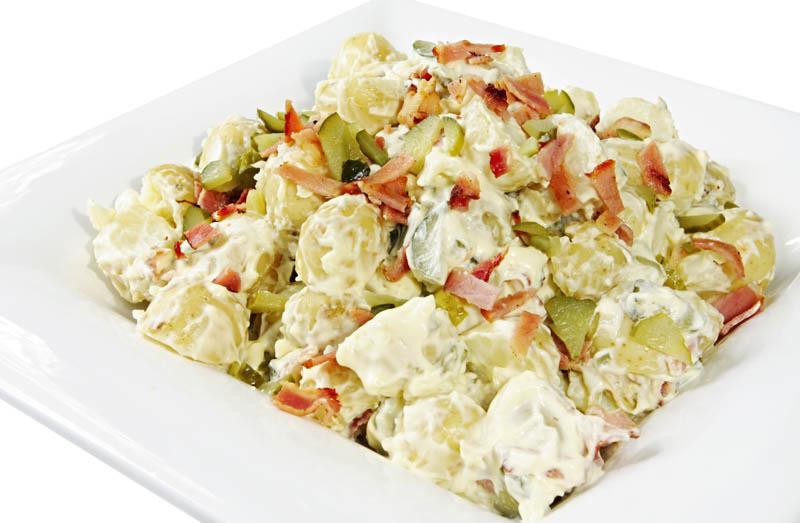 Salată de cartofi cu maioneză thumbnail
