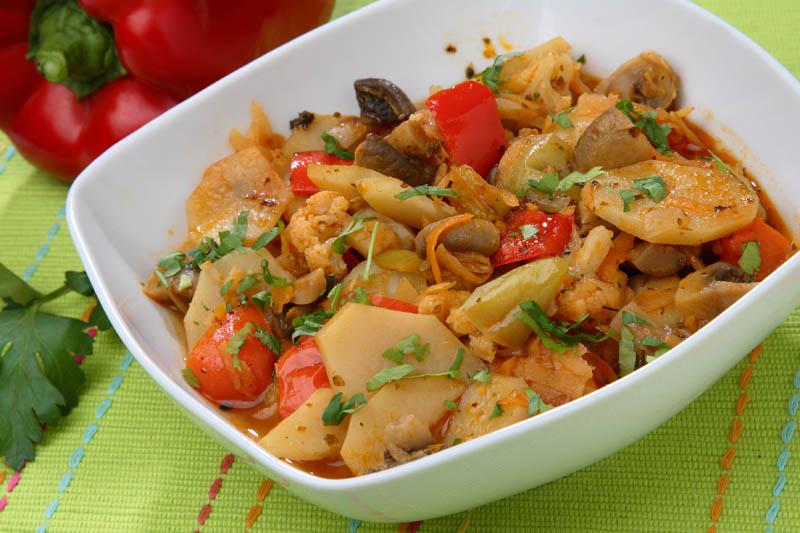 Ghiveci de legume cu ciuperci