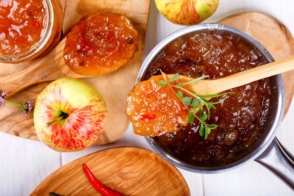 Jeleu de mere şi ardei (1)