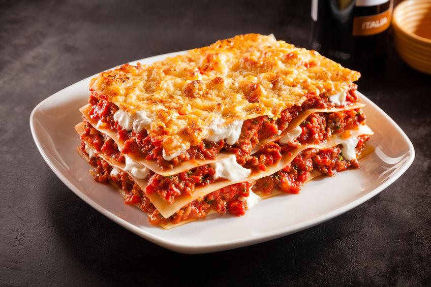 Lasagna cu carne tocată - cea mai simplă rețetă