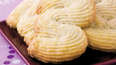 Biscuiţi de casă şpriţaţi – rețeta clasică