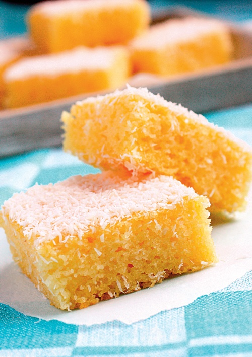 Prăjitură pufoasă din griş