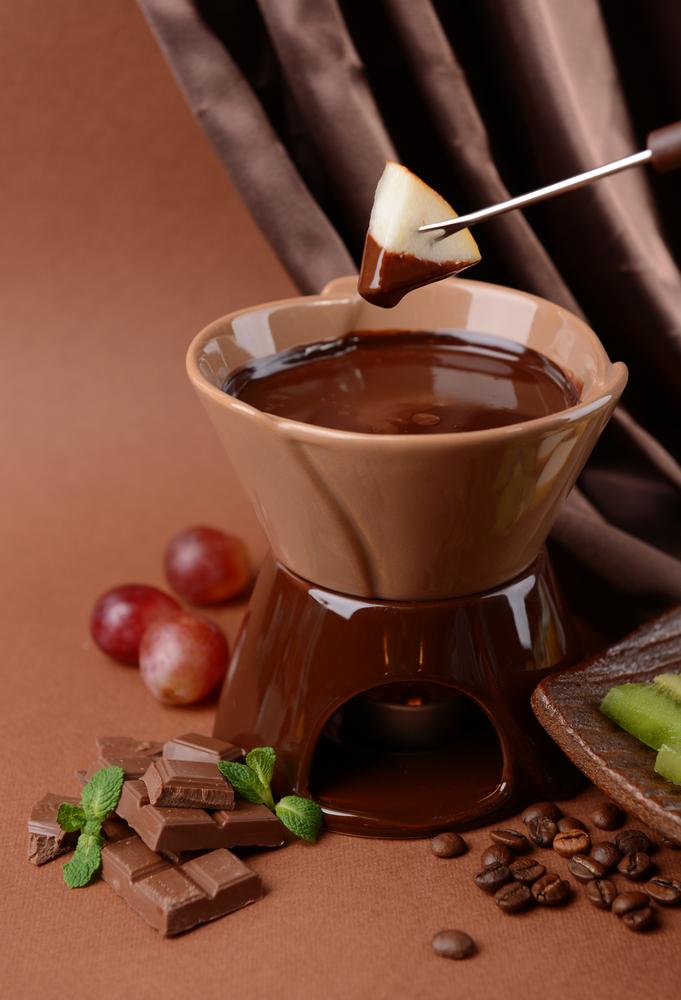 Mere trase în ciocolată cu fistic