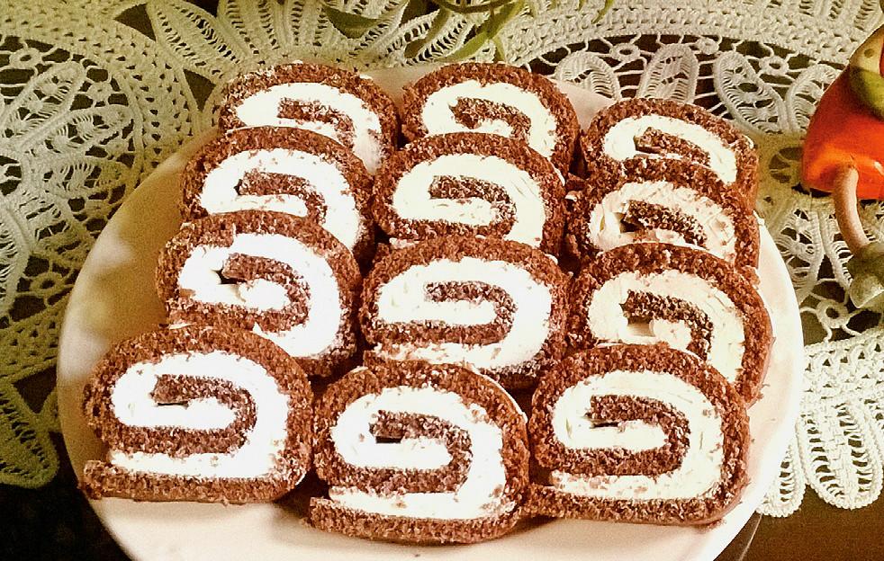 rulada-de-cacao-cu-crema-lap