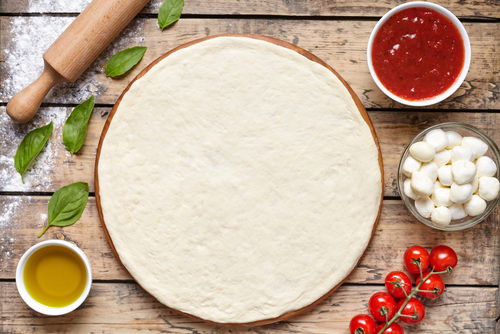 Blat de pizza. Aluat de pizza