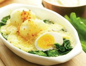 Ouă-cu-spanac-la-cuptor