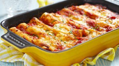 Cannelloni cu carne de vită și sos bechamel