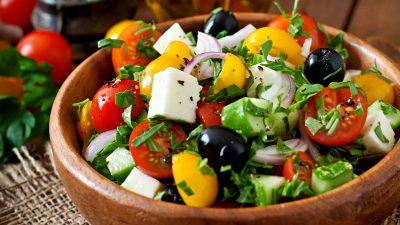 """Salată grecească """"5 minute"""""""