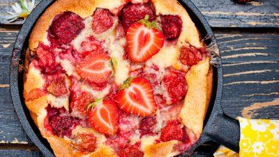 Clafoutis cu căpșuni