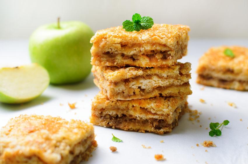 Plăcintă cu mere - rețetă tradițională