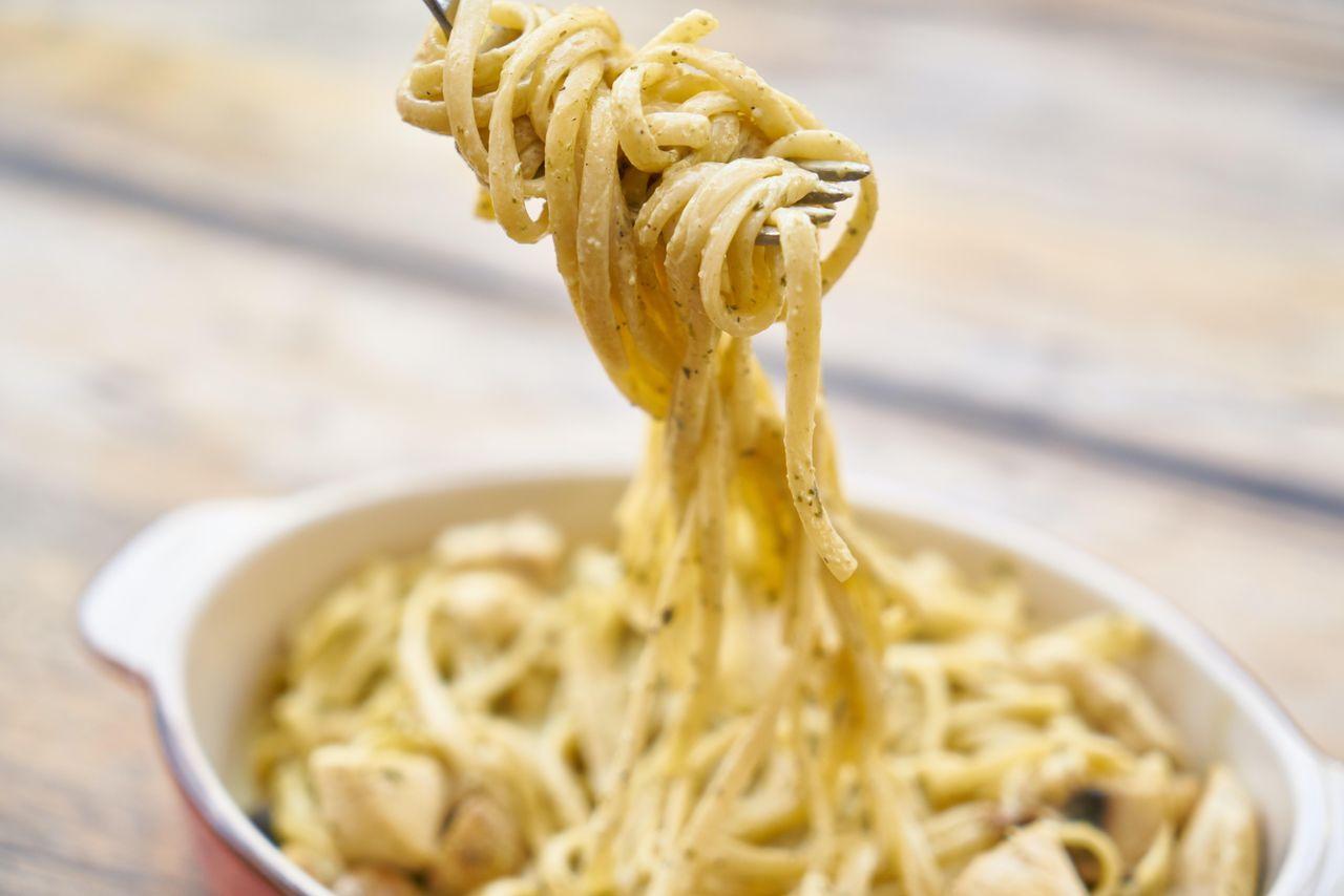 Fettuccine Alfredo - Paste cu unt si parmezan
